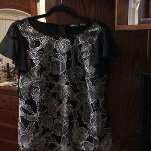 White House black market blouse